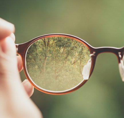 jak-czyscic-okulary